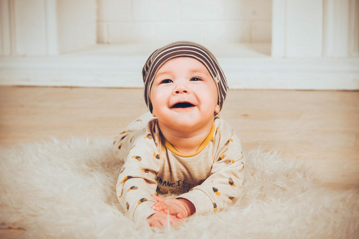 bébé quatre pattes